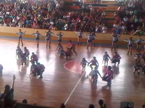 coreografia del 3ero de bachillerato B- quebradita y texmex