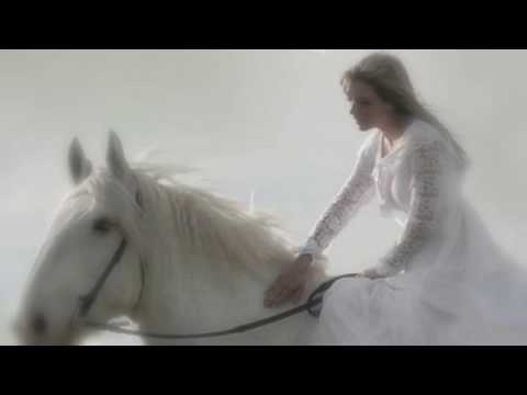 Whiter Shade of Pale - Annie Lennox