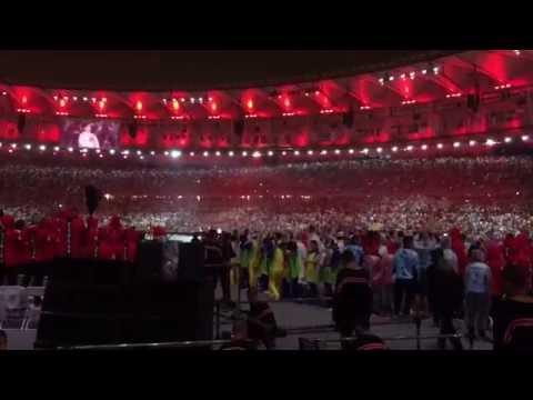 現地映像!リオ五輪から東京五輪へ 旗の授与と君が代 閉会式にて