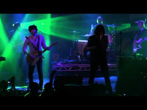 Rock Sound TV: Taking Back Sunday - What's It Feel Like To Be A Ghost : Live at Slam Dunk 2012