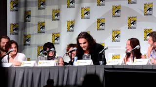 Jason Momoa on the Dothraki Language @ San Diego Comic-Con 2011 [Game of Thrones]