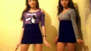 Carol Silva e Larissa Souza Dançando