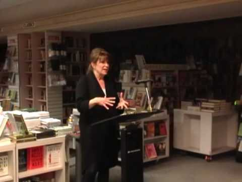Beth Hoffman at Warwick's Books