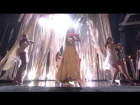 Baixar Selena Gomez - Come & Get It (Billboard Music Awards 2013) HD