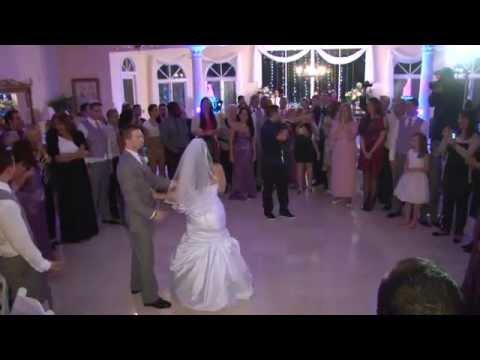 BEST SURPRISE HIP HOP WEDDING PARTY DANCE!!