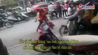 Clip th 4 C n c nh tr m chuy n gái g i l n nh t Hà N i   Truy n hình   VietNamNet