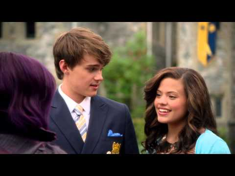 Disney Descendants | Trailer  טריילר היורשים של ערוץ דיסני