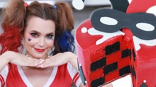 HARLEY QUINN CHECKERED CAKE - NERDY NUMMIES - SUICIDE SQUAD