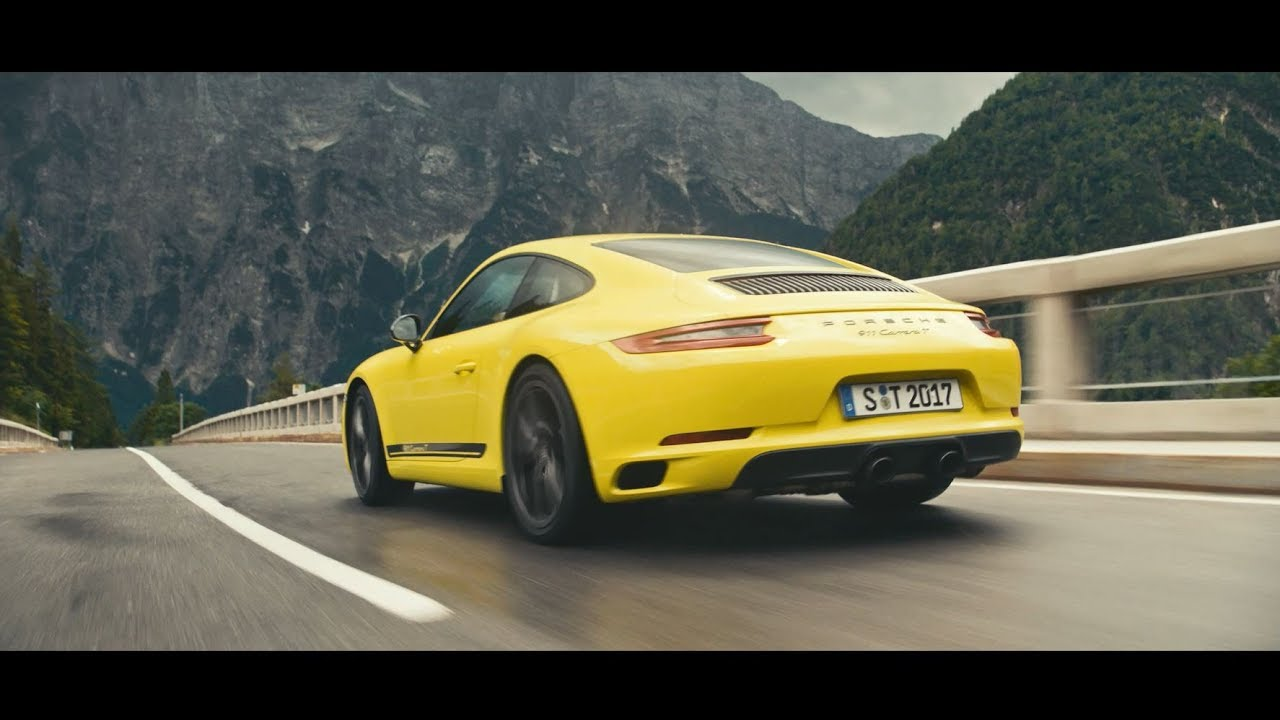 The new 911 Carrera T. Less weight, more driving pleasure.