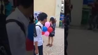 Cô gái xui xẻo nhất ngày 20-10 khi tỏ tình thất bại giữa sân trường