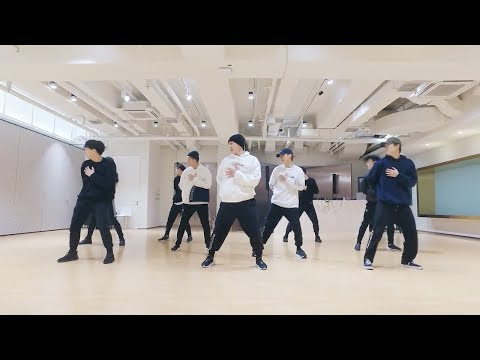 EXO-CBX (첸백시) - 花요일 (Blooming Day) Dance Practice (Mirrored)