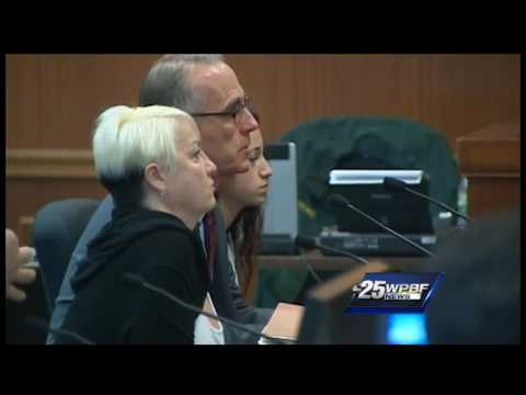 'Cash me ousside' girl appears in court