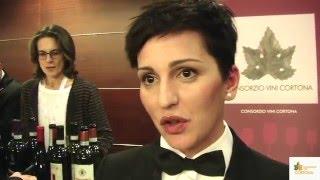 Anna Cardin (Miglior Sommelier d'Italia della Fisar 2015) parla dei vini Cortona Doc