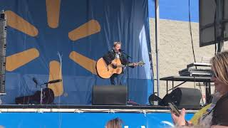 "Mason Ramsey performs ""Jambalaya on The Bayou"""