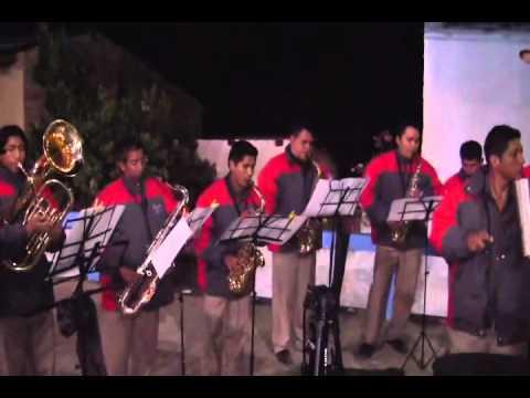 BANDA SHOW FILARMONICA HUASTA - Mix Cumbia *Pamparomas 2012*