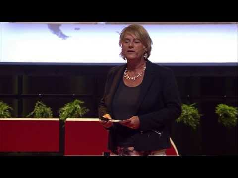 Flipping development from top down to listening: Carin Boersma at TEDxDelft thumbnail