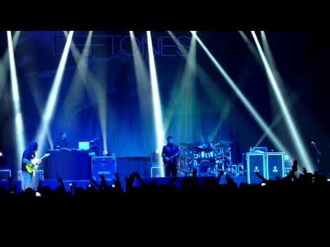 Deftones - Boys Republic + Change (Paris - Le Zénith - 06.09.2013)