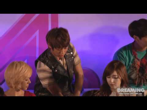 [FANCAM] 120430 Cutie Minho being shy with Jessica and romantic with Key