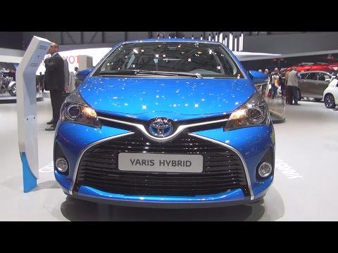 Toyota Yaris 1.5 VVT-i Hybrid Trend (2016) Exterior and Interior in 3D