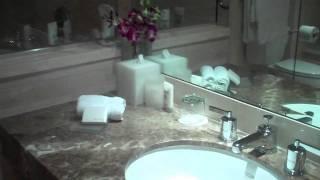 Four Seasons Los Angeles hotel room