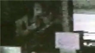 9 Con Ma Bí Ẩn Đang Lộng Hành Trong Tòa Án Được Camera Ghi Lại
