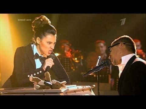 Голос 2 Дуэт Антон Беляев и Алена Тойминцева - Hit the road jack