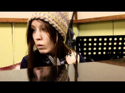 Даша Суворова пишет альбом на студии