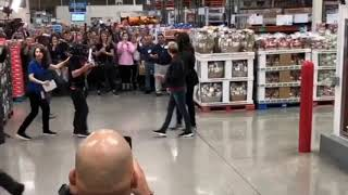 Ellen DeGeneres and Michelle Obama behind the scenes at Costco