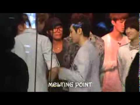 [Fancam] 120729 Chanyeol & Baekhyun ♥♥ - Channel [V] Thailand Recording