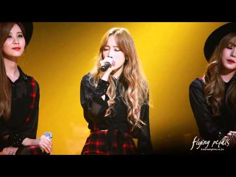 141003 TTS taeyeon - Cater 2 U @ Sketchbook