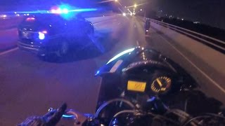 Police VS Motorcycle Cop Chase Motorcycles Messing With Cops Ride Wheelie Running Away Outruns 2016