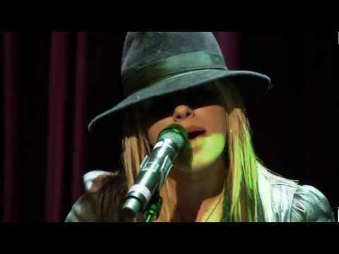 Baixar Auditioning for Michael Jackson (Orianthi)