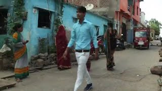 Youth thinking about jobs as India votes