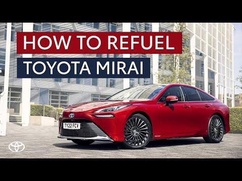 How do you refuel a hydrogen car?