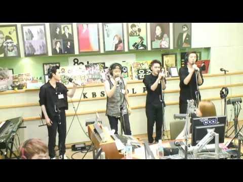 엑소(EXO) - Baby Don't Cry Live @130802 유인나의 볼륨을 높여요 radio