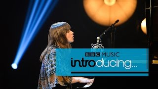 Gabrielle Aplin - Salvation (BBC Introducing session)