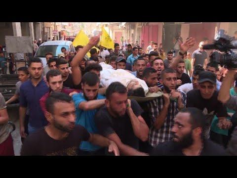 تشييع فلسطيني قتل بنيران الجيش الإسرائيلي في شمال غزة