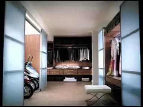 Suzuki - the wardrobe