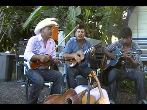 trio sombra queretana ,,  LA PERRA   ,,026.MP4