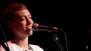 Anna Burch - Belle Isle (Live on eTown)