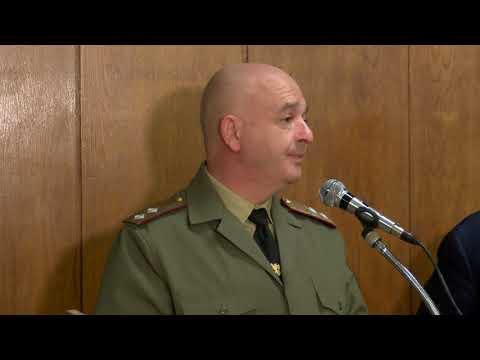 """77 доброволци за ден набра """"Александровска"""" болница за битка с COVID-19"""