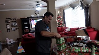 Vlog: *December 15, 2017* ~Gift Wrapping...Party of 1!~