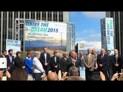 Governor Brown speaks at Drive the Dream 2015, Video Credit: Kevin Herglotz