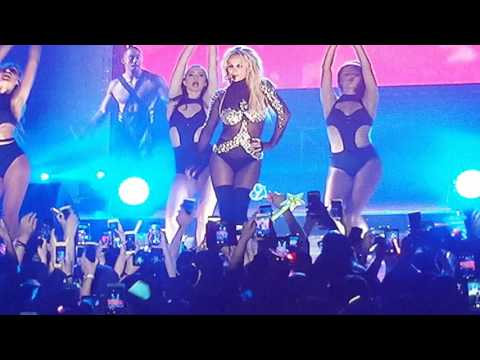 Britney Spears - Make me ( live in south korea )