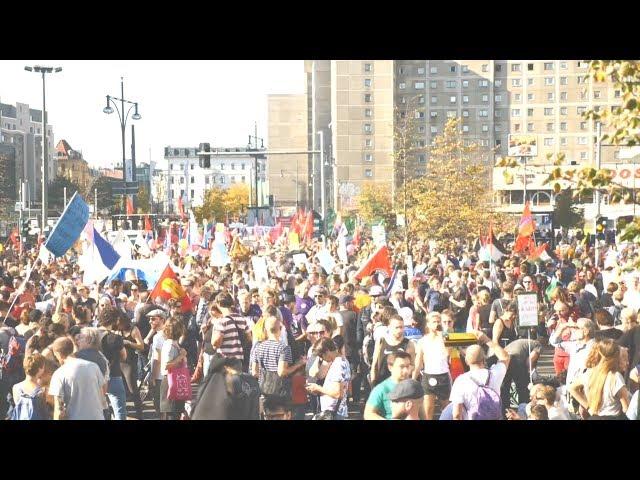 柏林反種族主義遊行逾24萬人參與