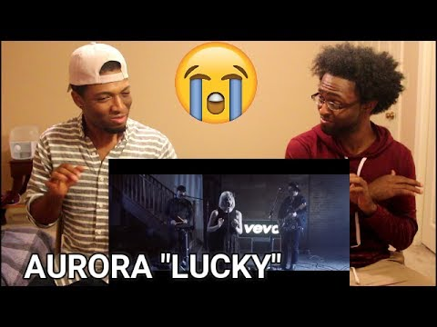 Aurora - Lucky - Vevo dscvr (Live) (REACTION)