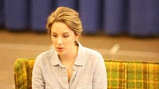 "Jessie Mueller Sings ""She Used to Be Mine"" from Sara Bareilles' WAITRESS"