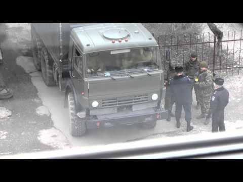 Зустріч російських військових з Кримським територіальним командуванням внутрішніх військ МВС Україн
