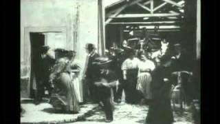 1895, Lumiere, Workers Leaving the Lumiere Factory (1895)