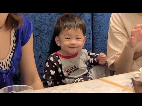 有個可愛的小孩陪我們吃大餐?|樂尼尼義式餐廳-小碧潭店